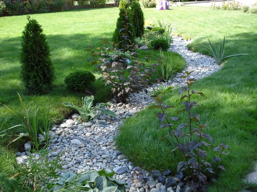 Каменная река в ландшафтном дизайне как сделать